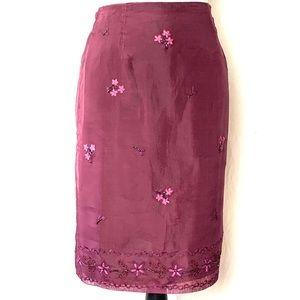 Ann Taylor Silk Embroidered Berry Skirt Size 8